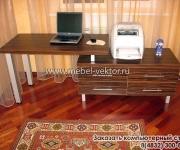 Компьютерный стол 23